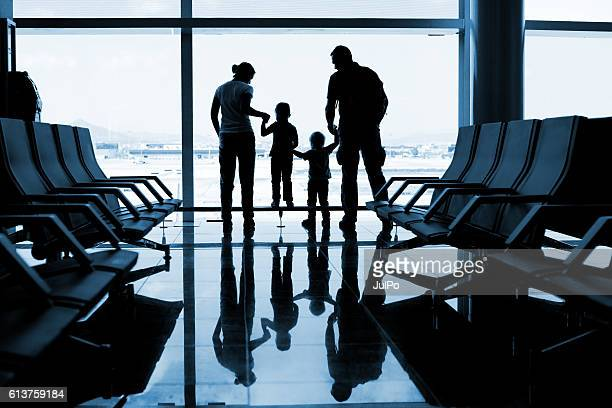family - toddler at airport stock pictures, royalty-free photos & images