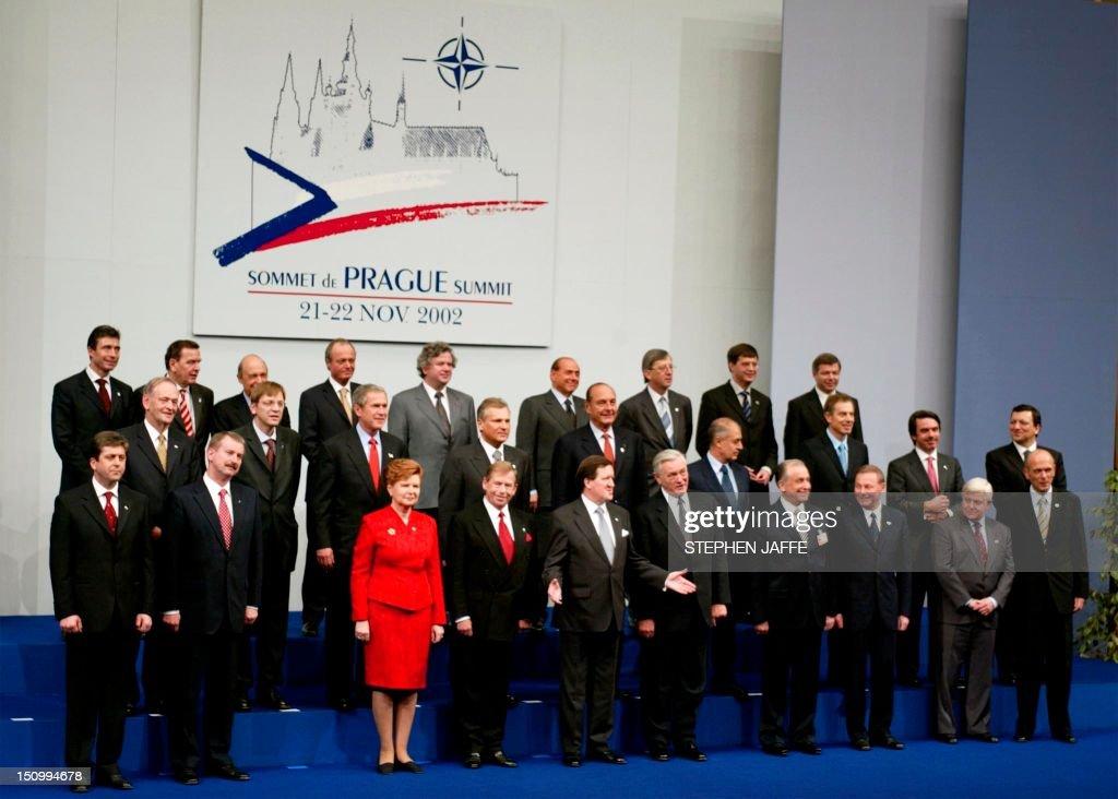 CZECH-NATO-GROUP PHOTO : News Photo