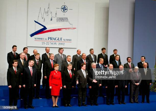 Family Picture of the Prague NATO Summit and the Invited Countries 21 November 2002 in Prague Congress Center Bulgarian President Georgi Parvanov...