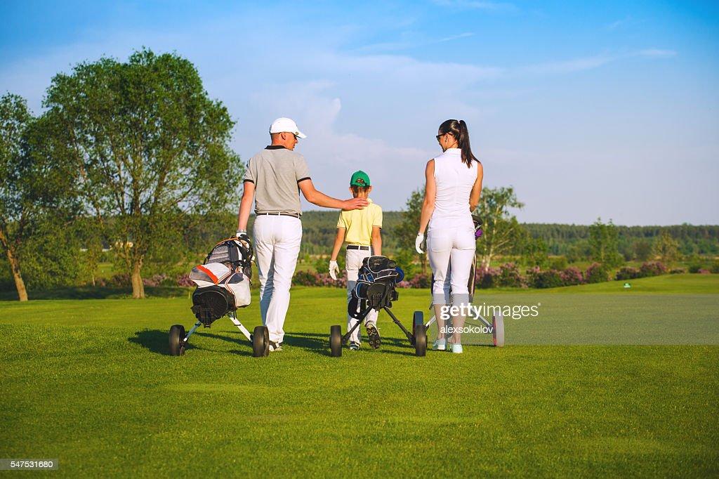 毎週ゴルフで家族サービスしてますか?