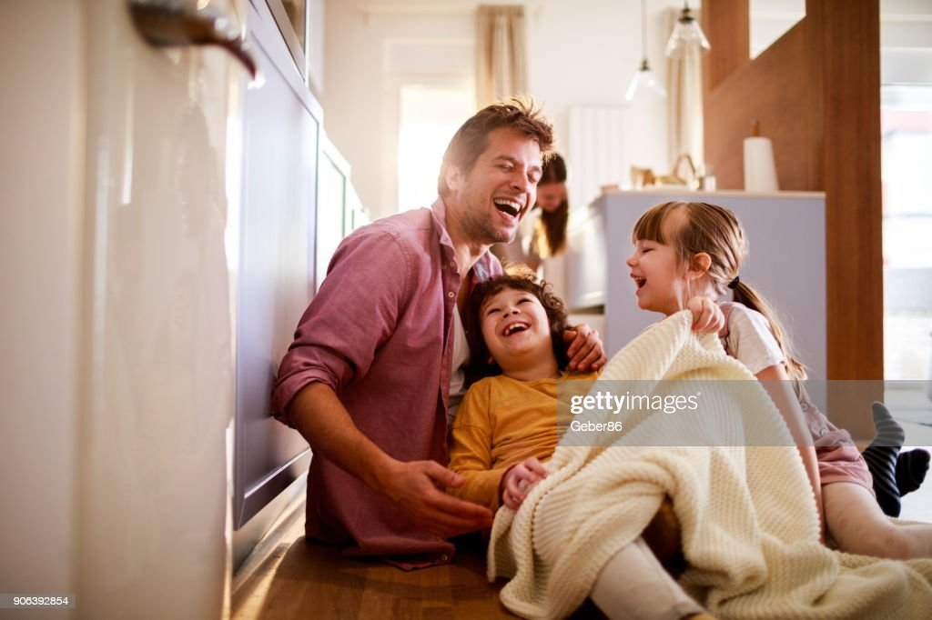 Family playing : Stock Photo