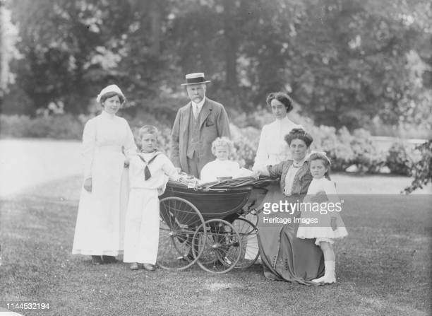 Family portrait Apsley Paddox Woodstock Road Oxford Oxfordshire 1913 Charles Robertson and his family posing for a photograph in the garden of their...