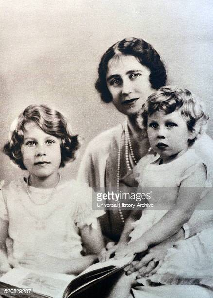 Family portrait of the Duchess of York and her two daughters, Princess Elizabeth and Princess Margret, her sister.