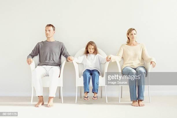 family portrait - relatieproblemen stockfoto's en -beelden