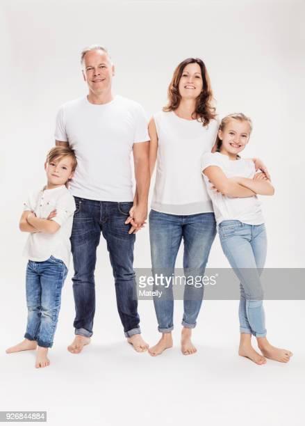 family portrait - ehefrau fotos stock-fotos und bilder