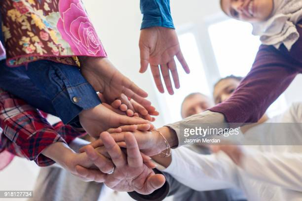 family project together - different cultures stock pictures, royalty-free photos & images