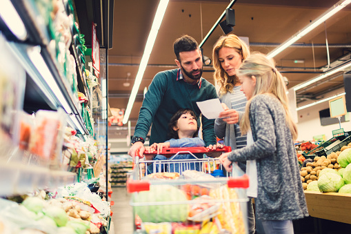 Family shopping in supermarket - gettyimageskorea