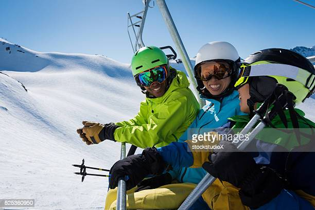 family ski vacation - ski lift stock pictures, royalty-free photos & images