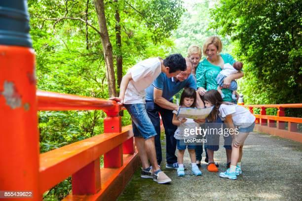 ご家族で過ごす週末の自然