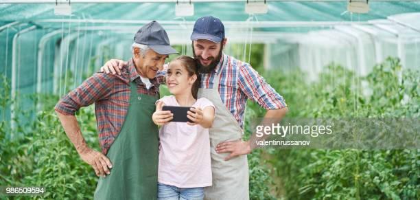 Prise familiale selfie à effet de serre