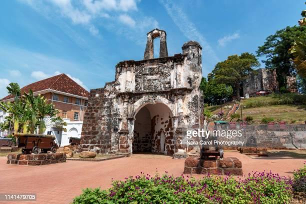 a'famosa fort in melaka - fortaleza estructura de edificio fotografías e imágenes de stock