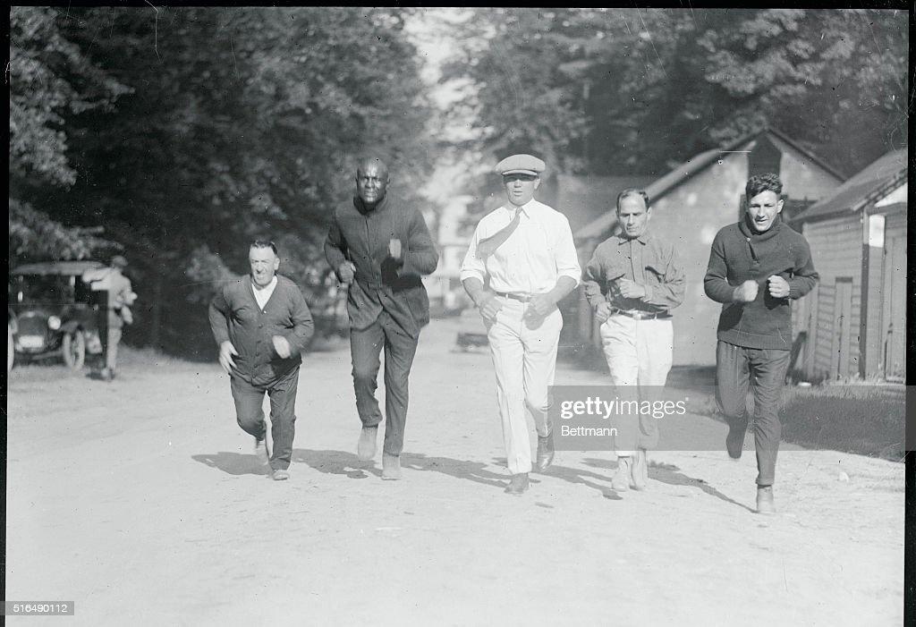 [Image: famous-boxer-jack-dempsey-trains-in-grea...d516490112]