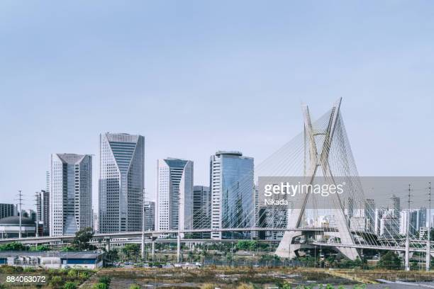 famous cable stayed bridge at sao paulo city - são paulo city stock pictures, royalty-free photos & images