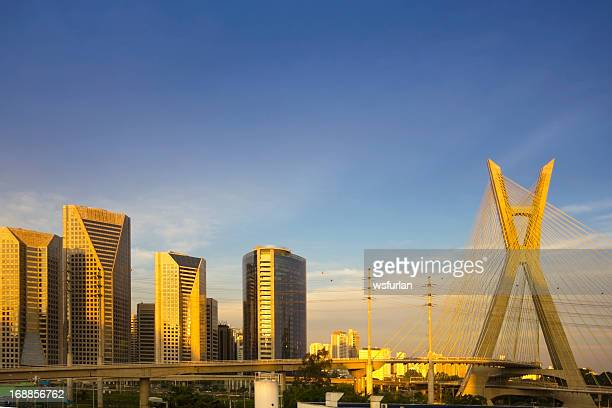 famous cable-stayed bridge at sao paulo city. - são paulo stock pictures, royalty-free photos & images