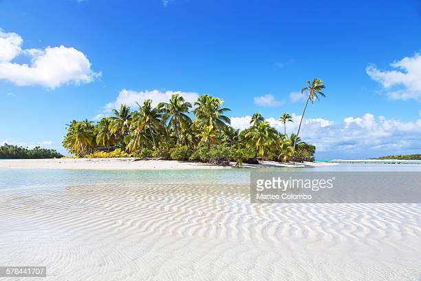 Famous exotic beach of One Foot Island, Aitutaki