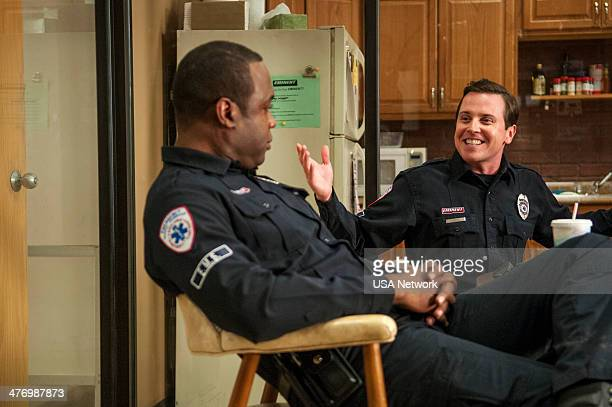 SIRENS 'Famous Last Words' Episode 103 Pictured Kevin Daniels as Hank St Clare Michael Mosley as Johnny Farrell