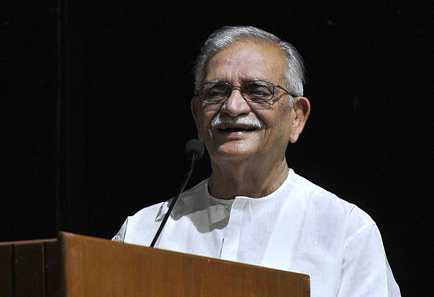 Famous Poet Lyricist Film Director Gulzar interacting with students at Panjab University on August 24 2016 in Chandigarh India