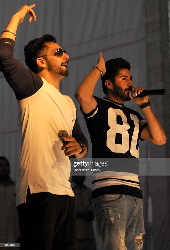 Famous Punjabi singers Jassi Gill and Babbal Rai perform at