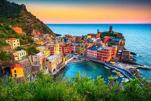 Famous touristic town of Liguria with beaches and colorful houses 1093694146