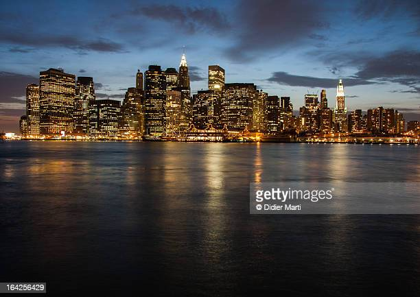 a famous view, new york cityscape - usa - didier marti stock photos and pictures