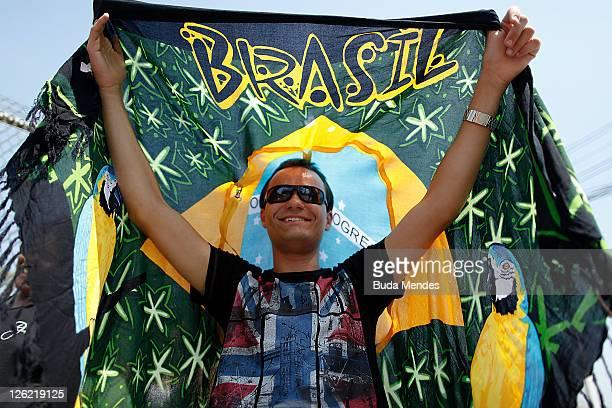 Fan before opening the Rock in Rio Festival on September 23 2011 in Rio de Janeiro Brazil Rock in Rio Festival comes back to Brazil after ten years