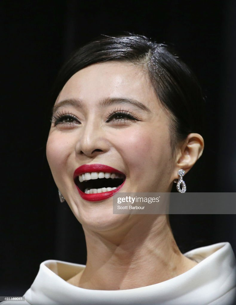 Fan Bingbing laughs as she arrives at the Australian premiere of 'X-Men: Days of Future Past' on May 16, 2014 in Melbourne, Australia.