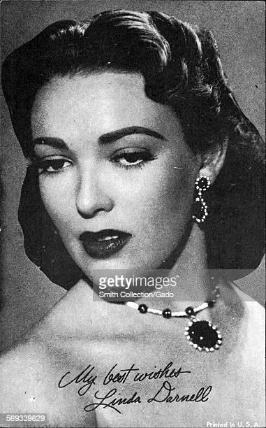 Fan club photo of Linda Darnell 1944
