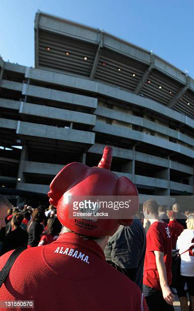 Fan looks at Bryant-Denny Stadium prior to the game between the LSU Tigers and Alabama Crimson Tide on November 5, 2011 in Tuscaloosa, Alabama.