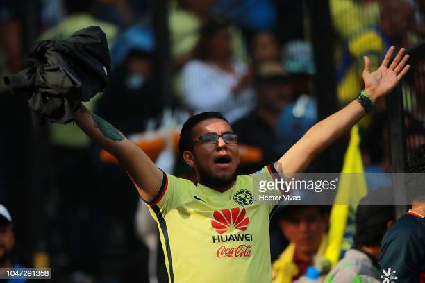 Fan of America cheers for his team prior the 11th round match between America and Chivas as part of the Torneo Apertura 2018 Liga MX at Azteca...