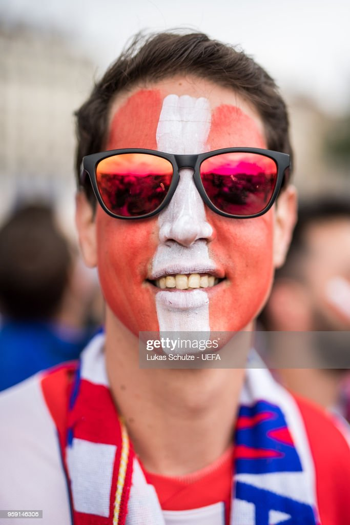A fan of Atletico de Madrid looks up ahead of the UEFA Europa League Final between Olympique de Marseille and Club Atletico de Madrid at Stade de Lyon on May 15, 2018 in Lyon, France.