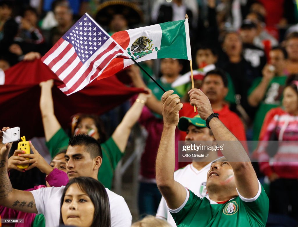 Mexico v Canada - 2013 CONCACAF Gold Cup : News Photo