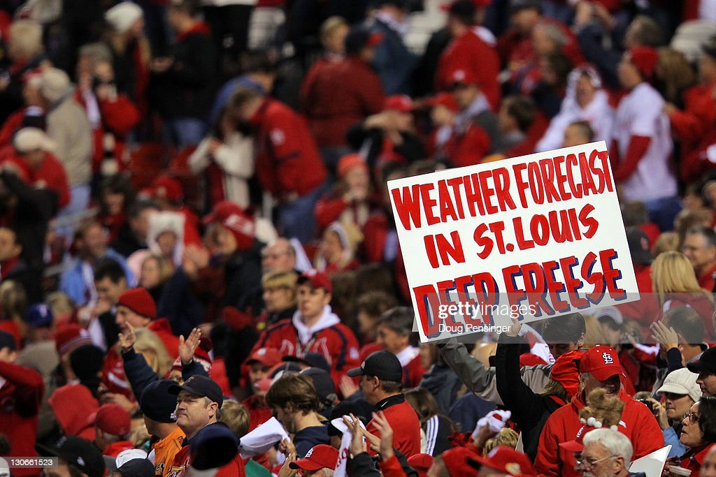 2011 World Series Game 6 - Texas Rangers v St Louis Cardinals : News Photo
