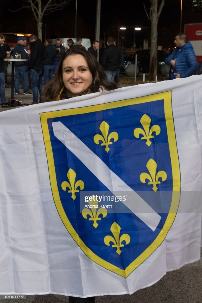 a fan shows the flag of bosnia herzegovina before the uefa nations nieuwsfoto s getty images https www gettyimages be detail nieuwsfoto s fan shows the flag of bosnia herzegovina before the uefa nieuwsfotos 1061911772