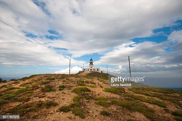 fanari lighthouse in mykonos - ver a hora stockfoto's en -beelden