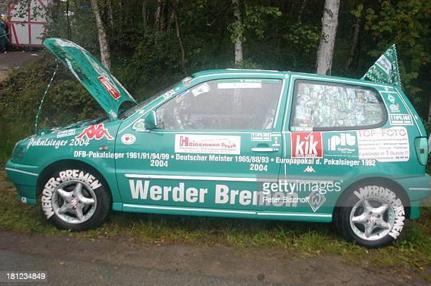 """Fan-Auto mit Speziallackierung, Freundschaftsspiel """"Blau-Weiß Bornreihe"""" gegen """"SV Werder Bremen"""", Bornreihe/Hambergen, , Fußball-Spiel, Sport,..."""