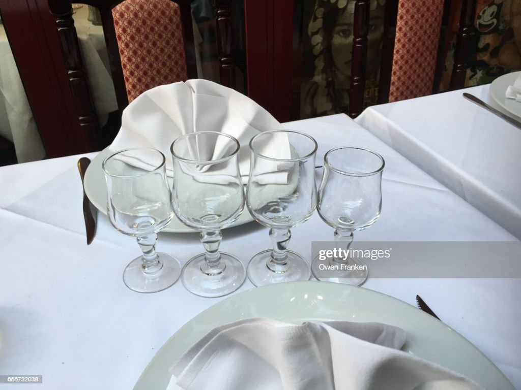 fancy table setting at a bistro in Paris  Stock Photo & Fancy Table Setting At A Bistro In Paris Stock Photo | Getty Images
