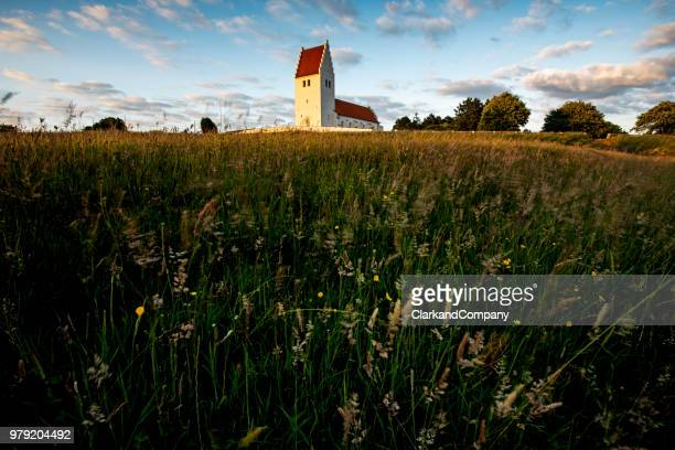 fanefjord church mønn denmark - danish culture stock pictures, royalty-free photos & images