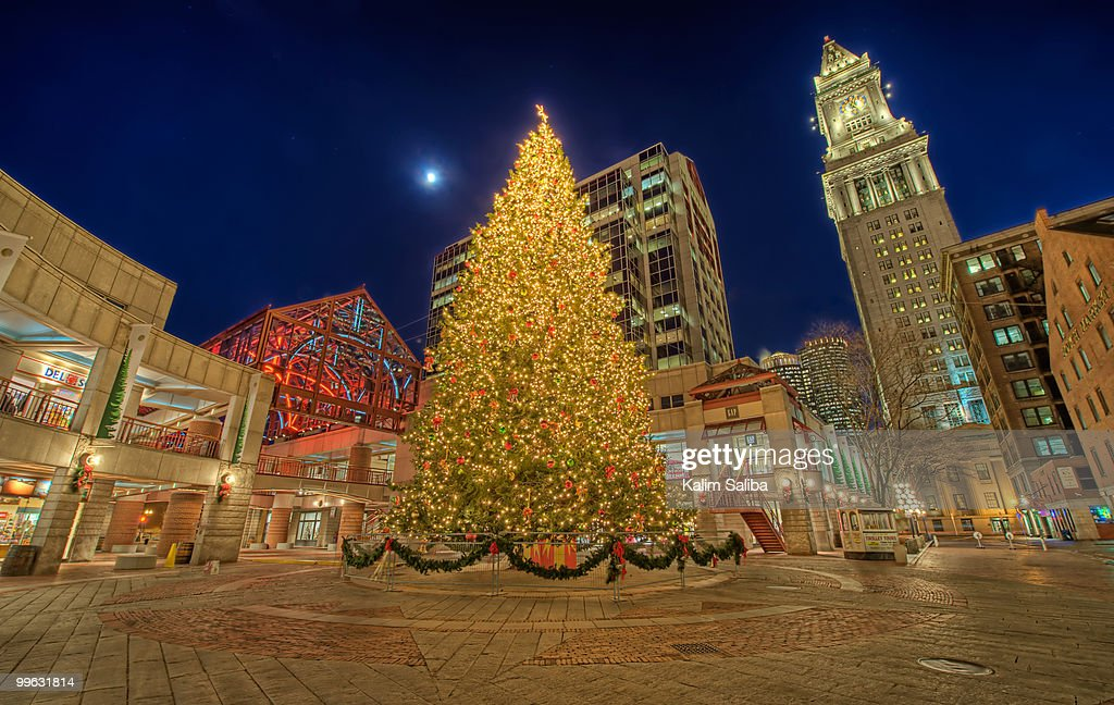 Faneuil Hall Christmas Tree Lighting 2021 Faneuil Hall Christmas Tree High Res Stock Photo Getty Images
