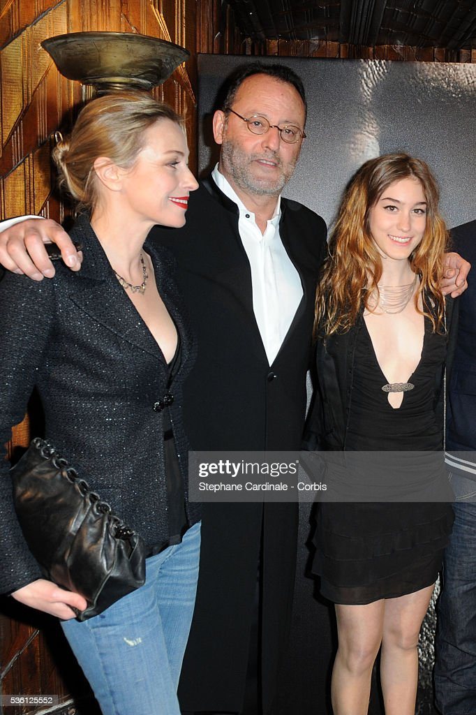 "France - ""L'Immortel"" Premieres in Paris : News Photo"