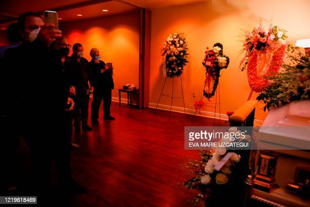 Fans and friends of the late Cuban American singer and film actress Rosita Furnes are seen during to the funeral at Auxiliadora Funeria Nacional in...