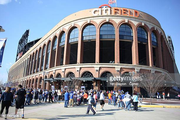 Fans arrive early at Citi Field before the New York Mets Vs Miami Marlins MLB regular season baseball game at Citi Field Queens New York USA 18th...