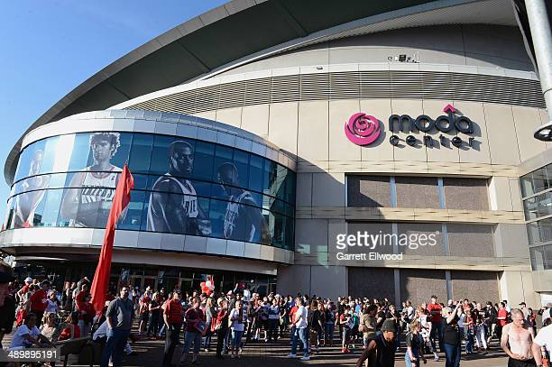 Fans arrive for Game Four of the Western Conference Semifinals between the Portland Trail Blazers and the San Antonio Spurs during the 2014 NBA...