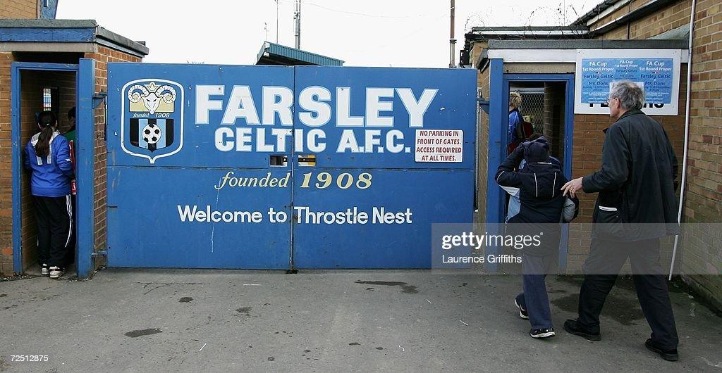 FA Cup 1st Round: Farsley Celtic v MK Dons : News Photo