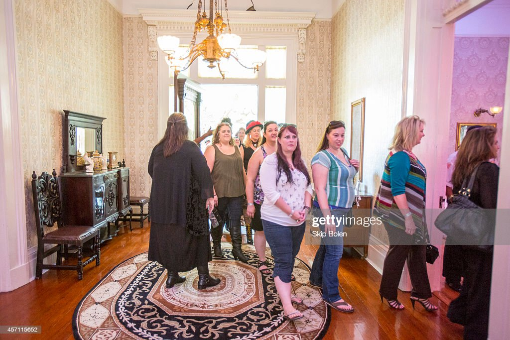 ed271b96e8e56c  American Horror Story  Coven  Fan Event At New Orleans  Buckner Mansion To.