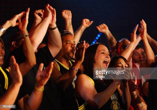 Fans cheer during the the International Fight League World Championship Finals on September 19, 2007 at the Hard Rock Hotel and Casino in Hollywood,...