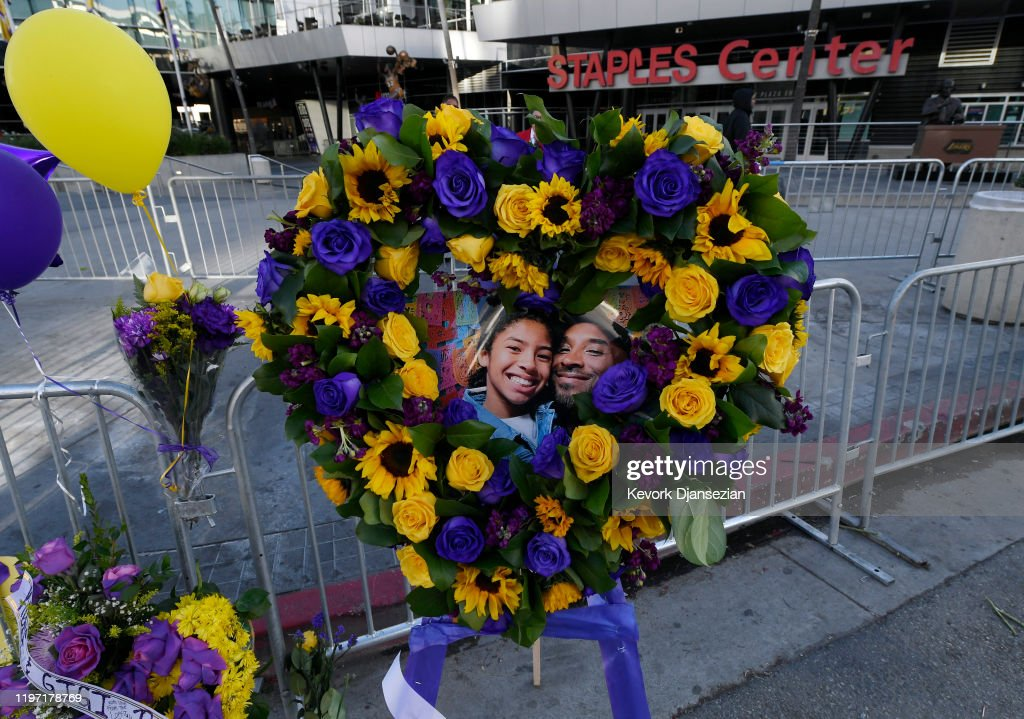 Fans Continue To Pay Respects To Kobe Bryant At Memorial Outside Of Staples Center And Around L.A. : News Photo