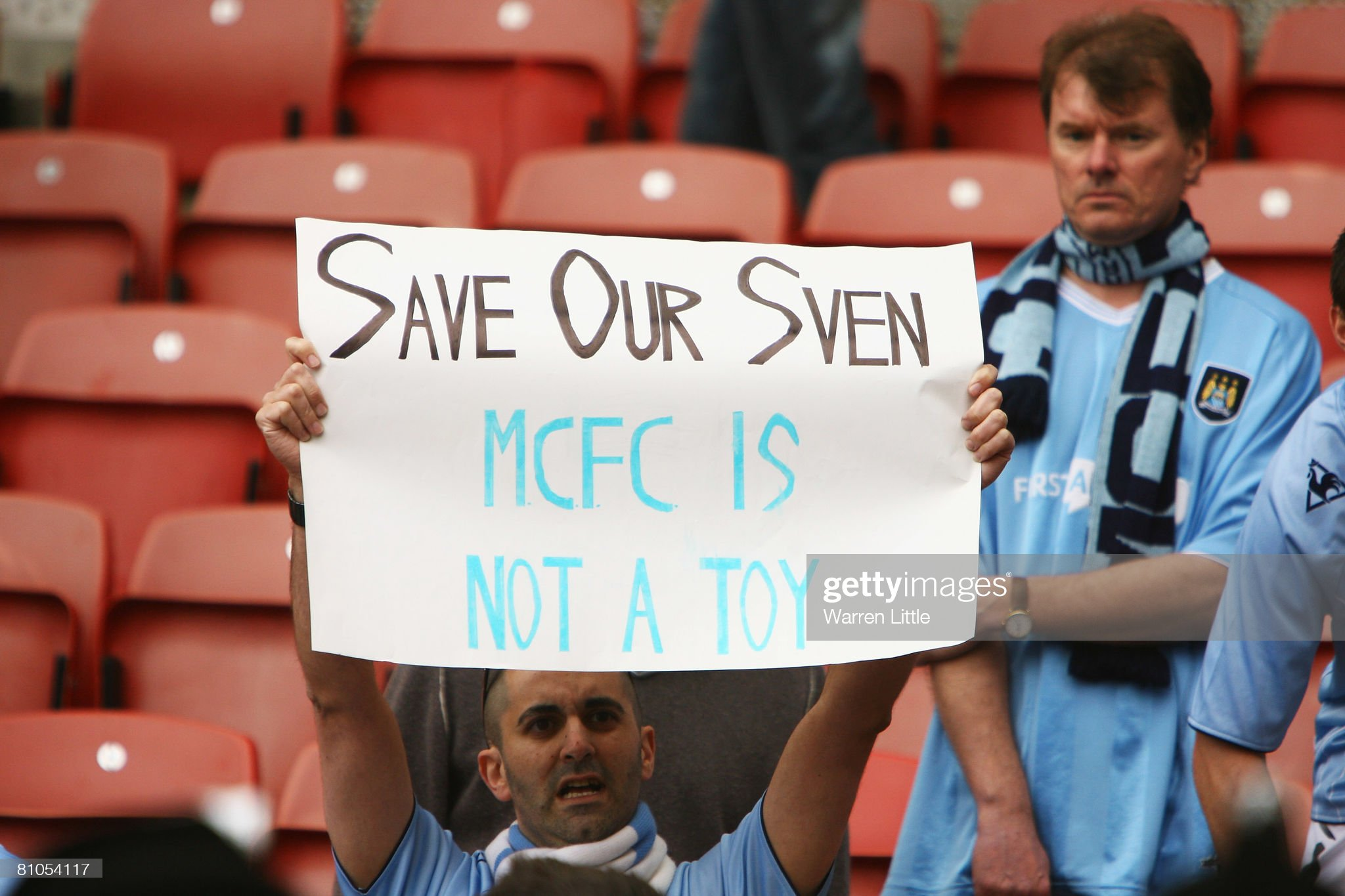 https://media.gettyimages.com/photos/fans-display-encouragement-for-their-manchester-city-manager-sven-picture-id81054117?s=2048x2048