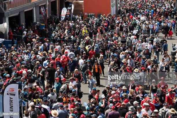 Fans enjoy the atmosphere during practice ahead of this weekend's Bathurst 1000 which is part of the Supercars Championship at Mount Panorama on...