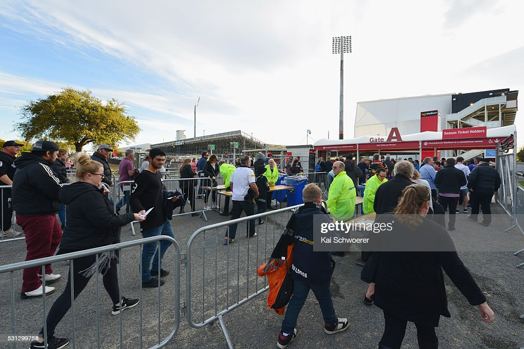 Fans enter the gates prior to the round 10 NRL match between the Penrith Panthers and the New Zealand Warriors at AMI Stadium on May 14, 2016 in Christchurch, New Zealand.