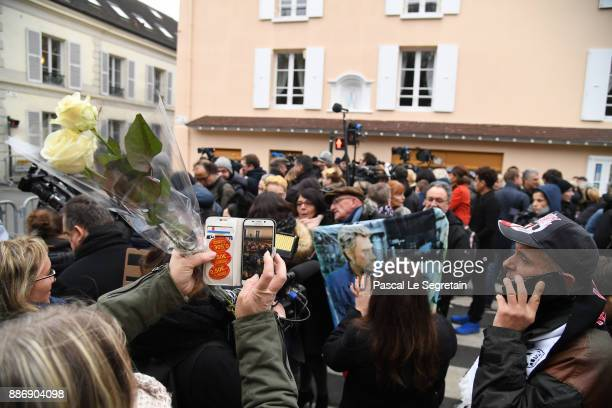 Fans gathered to pay homage to Johnny Hallyday on December 6 2017 in MarneLaCoquette France JeanPhilippe Smet aka Johnny Hallyday died of cancer at...